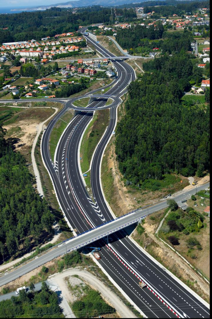 Carreteras - Proyectos - VÍA ARTABRA: TRAMO N-VI ENLACE MEIRAS Y VARIANTE DE OLEIROS - Proyecon Galicia