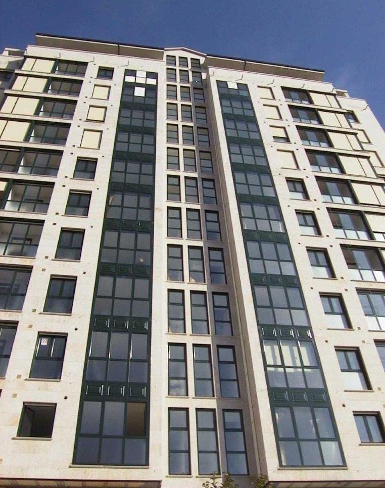 Residencial - Edificación - Construcción de 66 viviendas en los rosales, Ourense