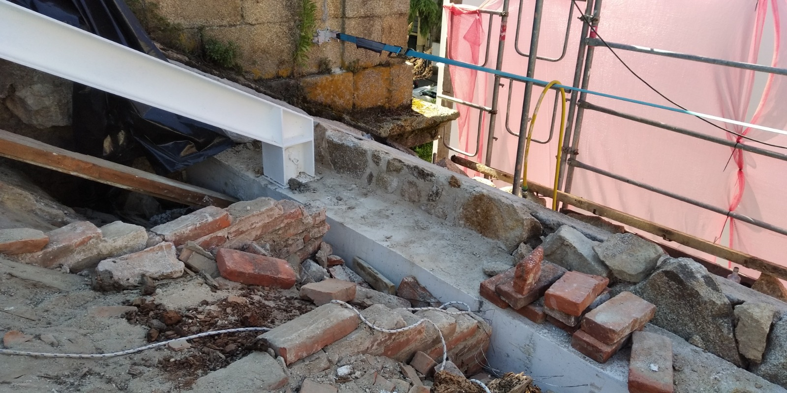 16-08-2021 reparacion muro
